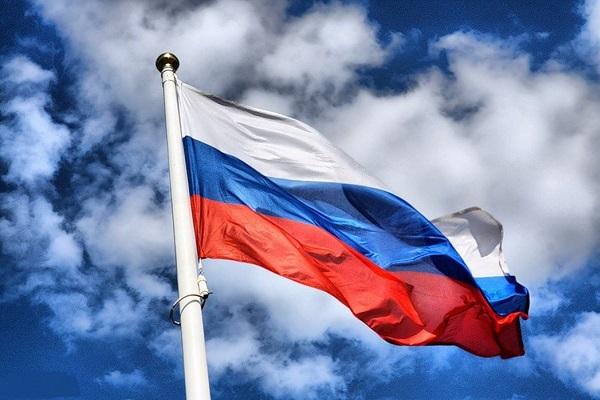 Шоу мыльных пузырей и симфоническое исполнение хитов группы  «Би-2» - программа Дня России в парках и районах города